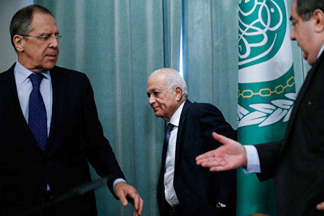 Secretary-General of the Arab League Nabil Elaraby (center), Russian Foreign Minister Sergey Lavrov (left), and Iraqi Foreign Minister Hoshyar Zebari leave their news conference after the Russian-Arab League in Moscow. Source: AP