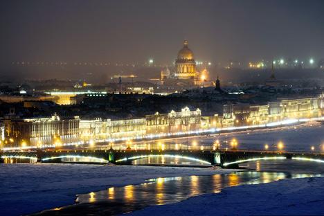 De acordo com a avaliação da Organização Mundial de Turismo, São Petersburgo ocupa o oitavo lugar na classificação das cidades mais atraentes para o turismo Foto: Slava Stepanov