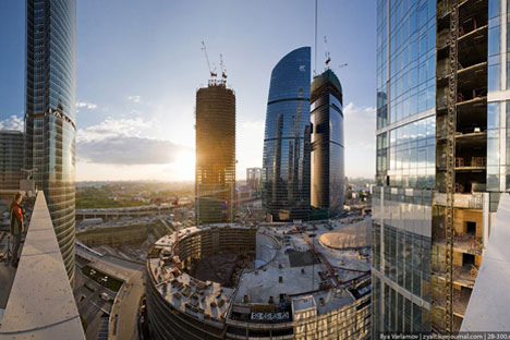 The percentage of surveyed foreign investors who regard Russia as among the most attractive investment sites, gained again in the first nine months of 2012, rising from 11 to 19 percent. Source: Press Photo