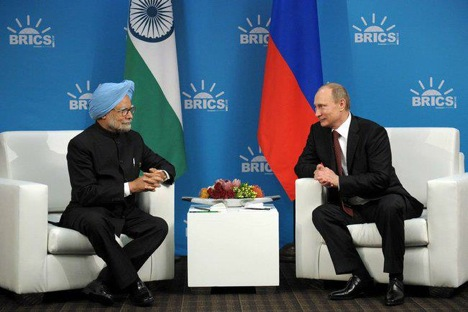 Vladimir Putin meets Manmohan Singh on the sidelines of the BRICS Summit in Durban. Source: Indian PMO
