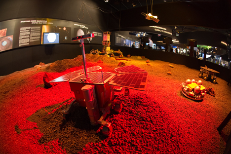 ExoMars interplanetary mission project envisions two Russian-European missions to Mars in 2016 and in 2018. Source: ESA