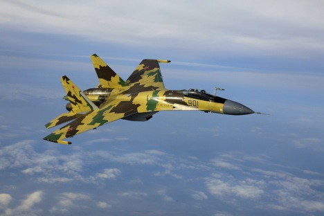"Russian pilot: ""No F-35 can ever out-fly Sukhoi in knife fight."" Source: Sukhoi.org"