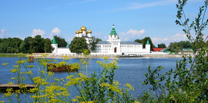 Kostroma is located at the confluence of the Volga and Kostroma Rivers. Source: Lori / Legion Media