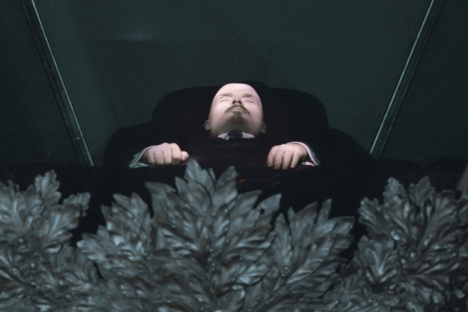 More than 60 percent of Russians would like to see Lenin's body properly buried. Source: RIA Novosti