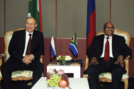 South Africa can play a bridge building role in bringing Africa and the BRICS closer. Photo: Jacob Zuma and Vladimir Putin at the 5th BRICS Summit in Durban, March 26, 2013. Source: Reuters