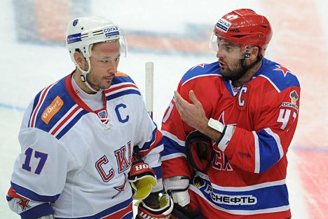 Russia's hockey stars: Ilya Kovalchuk (left) and Alexander Radulov (right). Source: ITAR-TASS
