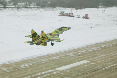 The Su-35 is clearly designed to take on stealth aircraft. Source: Sukhoi.org