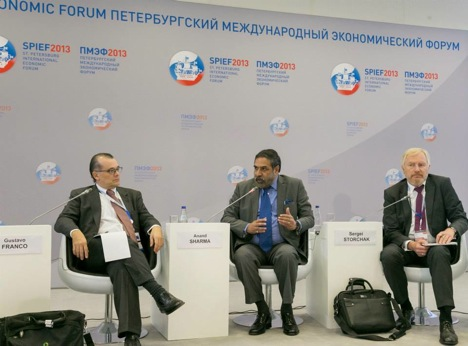 Anand Sharma (C), India's Minister of Commerce & Industry, at the SPIEF 2013. Source: Embassy of India in Moscow
