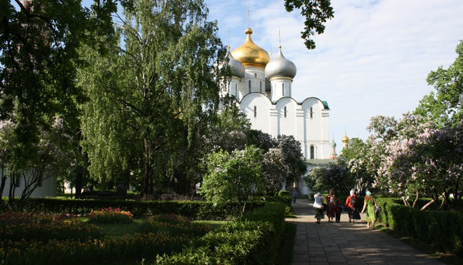 Orthodox chapel in the Novodevichy Monastery. Source: Ajay Kamalakaran