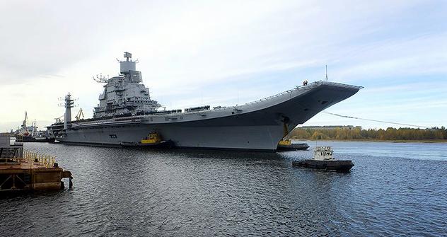 """Носачот на авиони """"Викрамадитја"""" (модернизираниот """"Адмирал Горшков"""") има депласман од 45.000 тони и развива максимална брзина од 32 јазли. Може да плови 13,500 морски милји (25.000 километри) со брзина од 18 јазли. Извор: Press Photo."""