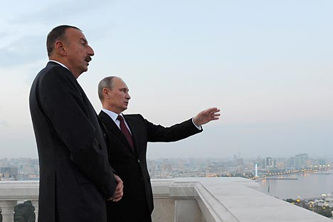The President of the Azerbaijan Republic Ilham Aliyev (l) and the President of the Russian Federation Vladimir Putin during the meeting in Baku. Source: Reuters