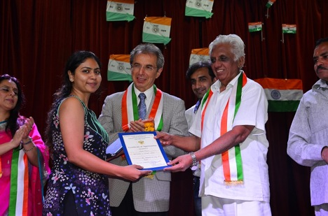 The celebrations were inaugurated by Senior Counsellor of the Russian Embassy in India and distinguished photographer Sergey Karmalito (c). Source: RCSC