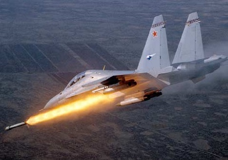 Su-30MKI jet fighter armed with BrahMos missiles may be ready in September 2015. Source: Sukhoi.org