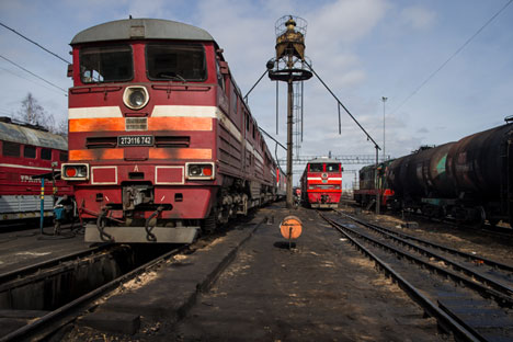 Eastern promise: freight trains at sidings in Siberia. Source: Max Avdeev