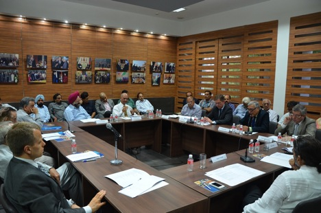 "Participants of the seminar Russian-Indian Relations: Achievements and  Perspectives"". Source: RCSC New Delhi"