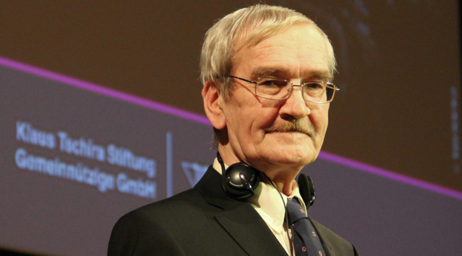 Stanislav Petrov became a celebrity in the West. In February 2013 he got the Dresden Peace Prize. Source: Sergey Pirogov / Ria Novosti