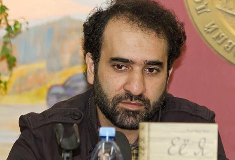 "Reza Amirkhani: ""Ayatollah Khamenei respects Russian literature very much, 'War and Peace,' for example"". Source: A.Savin / wikipedia.org"