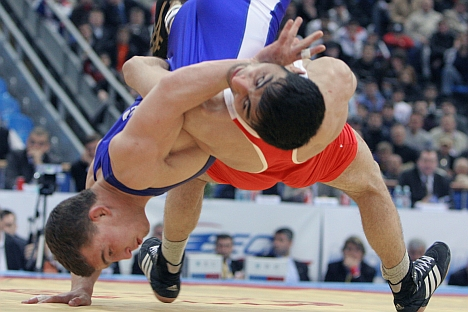 In February, the IOC dropped wrestling from the Olympics from 2020 onwards and relegated it to candidate status. A diverse coalition of countries, including Russia, India, Japan, the U.S. and Iran all rallied around wrestling's attempts to regain its place. Source: Kommersant