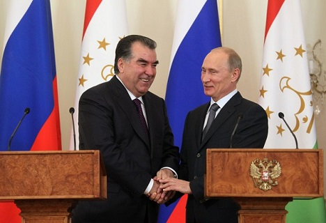 Relations with Russia are of a dual nature, although it is believed that Tajikistan is one of the main allies in the region. Photo: Tajik President Emomali Rahmon (L) and Vladimir Putin. Source: Olesya Kurlyaeva/RG