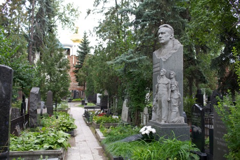 The Novodevichy cemetery became the burial ground for most of the USSR's elite. Source: Lori/Legion Media