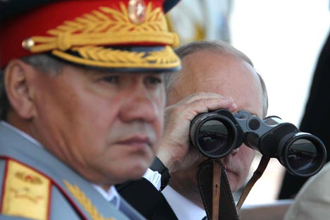With the arrival of Shoigu to the post of Minister of Defense, the department has reinstated the practice of regular inspections of the Russian Army. Source: Itar-Tass