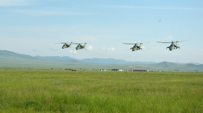 Training helicopters flights during Indra-2012 joint drills. Source: Ministry of Defence of the Russian Federation / mil.ru