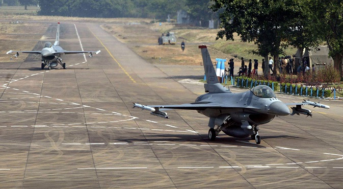 Two U.S. F-16 fighter aircraft taxi on a runaway at the Indian air force base Kalaikunda during the joint air force exercise Cope India 2005. Source: AP
