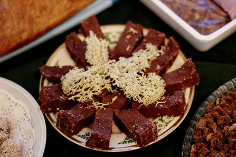 Reindeer moss chocolate. Source: Arctic Studies Centre