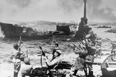 From October 1941 to July 1942, 156,000 Red Army soldiers were killed defending Sevastopol. Source: RIA Novosti
