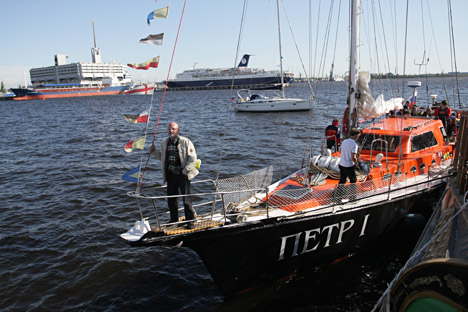 The Russian crew of the Peter the Great yacht covered a distance of 13,000 nautical miles in six months. Source: ITAR-TASS