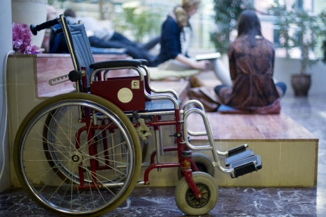 With more than 16,000 wheelchair users, Moscow should be leading the way in developing infrastructure for Russians who have mobility challenges. Source: ITAR-TASS