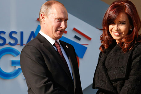 Russian president Vladimir Putin (left) met Argentinian president Cristina Fernandez at the G20 meeting in St.Petersburg last year. Source: Reuters