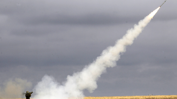 "Launch of ""Igla"" anti-aircraft missiles during training exercise ""Center-2011"" at Kapustin Yar training ground. Source: Alexey Kudenko / RIA Novosti"