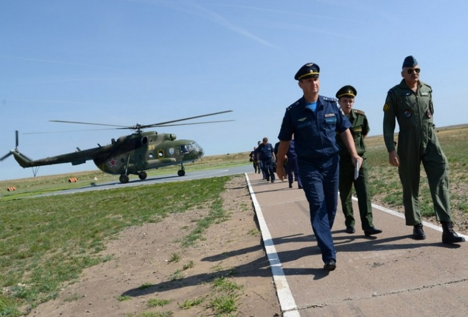 Avia Indra-2014 is being held in Voronezh at the Pogonovo range and in the Astrakhan Region at the Ashuluk training range. Source: Roman Demyanenko / RIA Voronezh