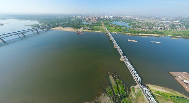 A bridge across the Ob River in Novosibirsk. Source: Lori / Legion-Media