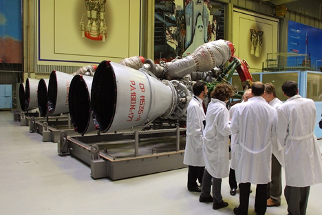 Moscow may impose a ban on all rocket engine exports to the US. Source:AP