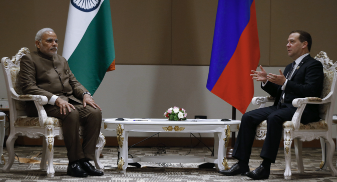 Dmitry Medvedev and Narendra Modi meet on the sidelines of the 9th East Asia Summit. Source: Dmitry Astakhov / RIA Novosti