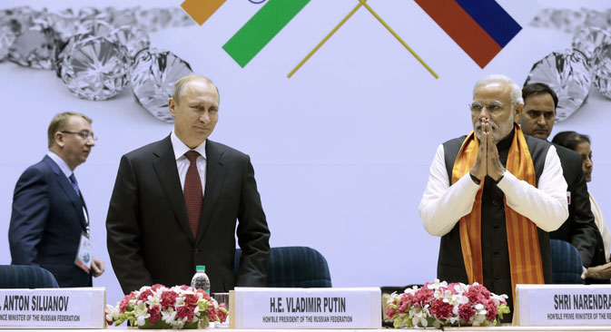 President of Russia Vladimir Putin and Indian Prime Minister Narendra Modi look on at the World Diamond Conference India. Source: Mikhail Metzel / TASS