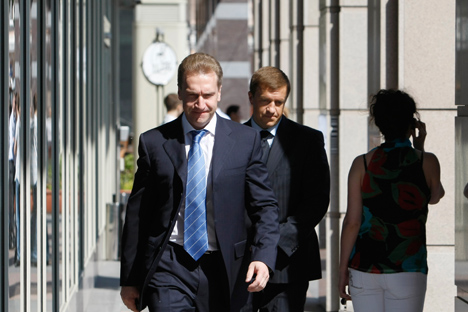 First Deputy Prime Minister Igor Shuvalov (L). Source: Shutterstock / Legion-Media
