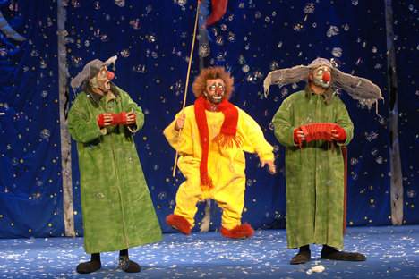 "In 1993, Slava Polunin created his famous ""Slava's Snowshow"", a production made up of funny and touching clown acts in which the cast do not only perform on stage but also actively interact with the audience. Source: Vladimir Vyatkin/RIA Novosti"