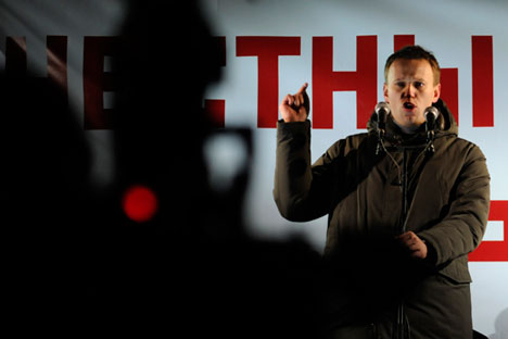 Opposition figurehead Alexei Navalny addresses an opposition protest on March 4, 2012 at Pushkin Square against alleged fraud in the presidential election. This year he will be unable to join an anti-crisis march in Moscow on March 1. Source: TASS / Sergei Karpov