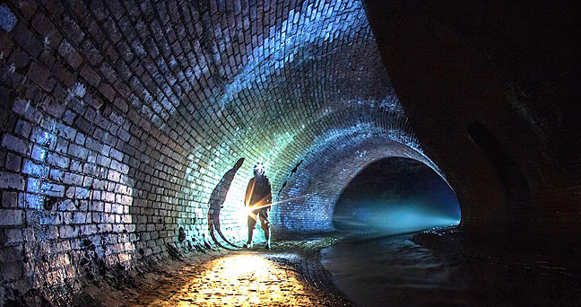Tunnels, bunkers and underground rivers: discover Moscow's subterranean city. Source: Mosextreme.ru