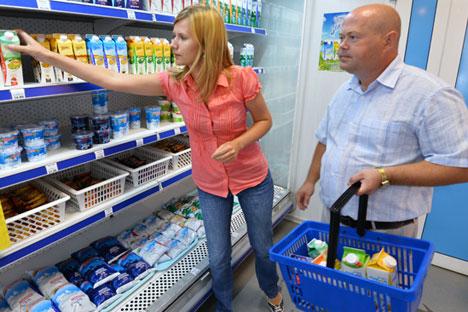 Last year, the share of Russian milk in percentage volume of total sales was 78.3%. Source: Alexander Kondratuk / RIA Novosti
