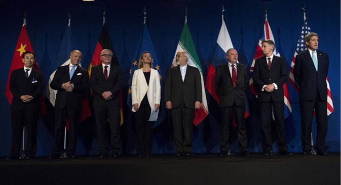 A group photo during a press event after a new round of Nuclear Iran Talks in the Learning Center at the Swiss federal Institute of Technology (EPFL) in Lausanne, Switzerland. Source: AP
