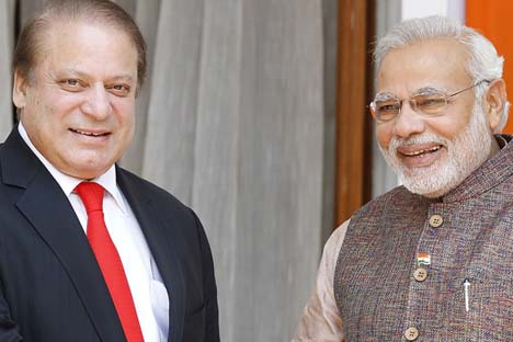 Indian Prime Minister Narendra Modi with his Pakistan counterpart Nawaz Sharif. Source: EPA