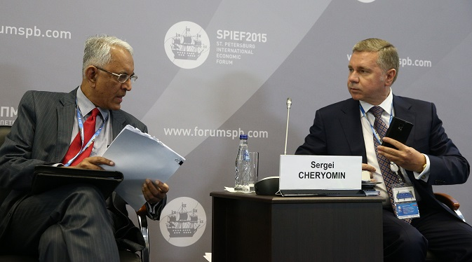 "India's Ambassador to Russia, Pundi Srinivasan Raghavan (L) and Business Council for Cooperation with India Board Chairman Sergei Cheryomin talking during a business roundtable discussion titled ""Russia - India: Mutual Investment Opportunities"". Source: SPIEF 2015"
