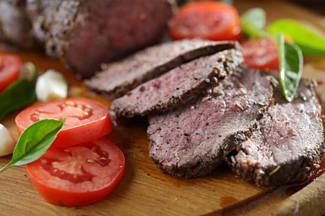 Roast beef via Soviet cook book. Source: Lori / Legion Media