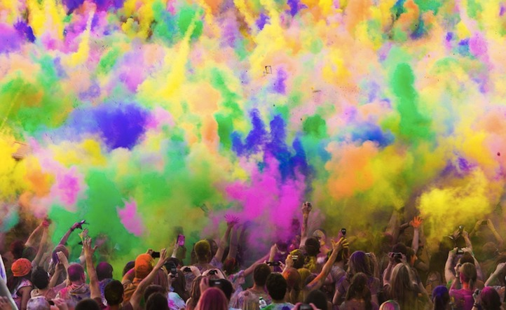 The festival of colours was organized for the first time in Moscow in May 2013.