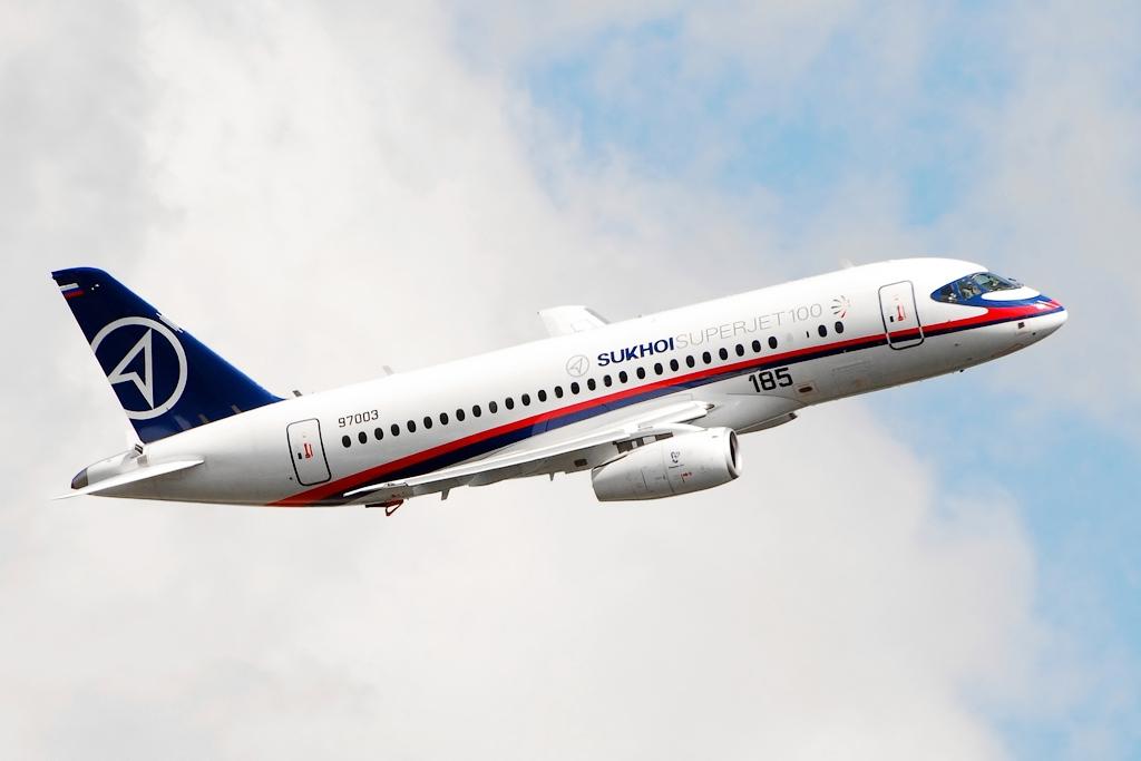 Interjet recebeu empréstimo de US$ 800 mi para comprar 30 SSJ-100s em 2013