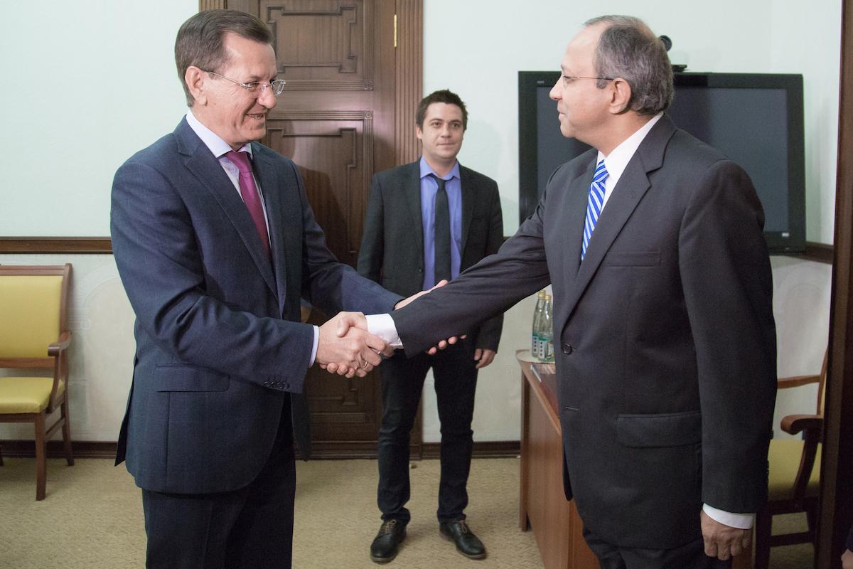 Alexander Zhilkin (L) and Pankaj Saran.